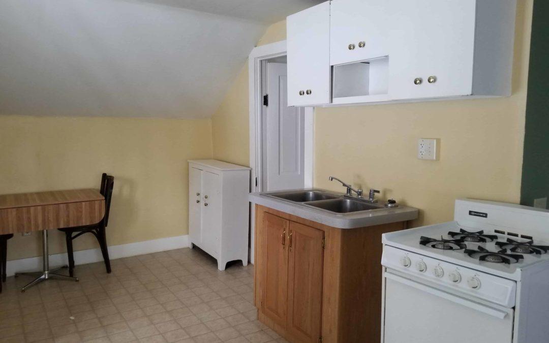 207 S. Washington #3, Ludington – Upstairs